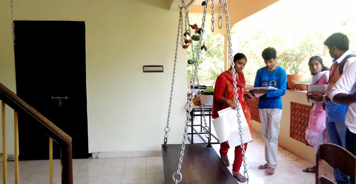 Cholamandal Artists Visit 01