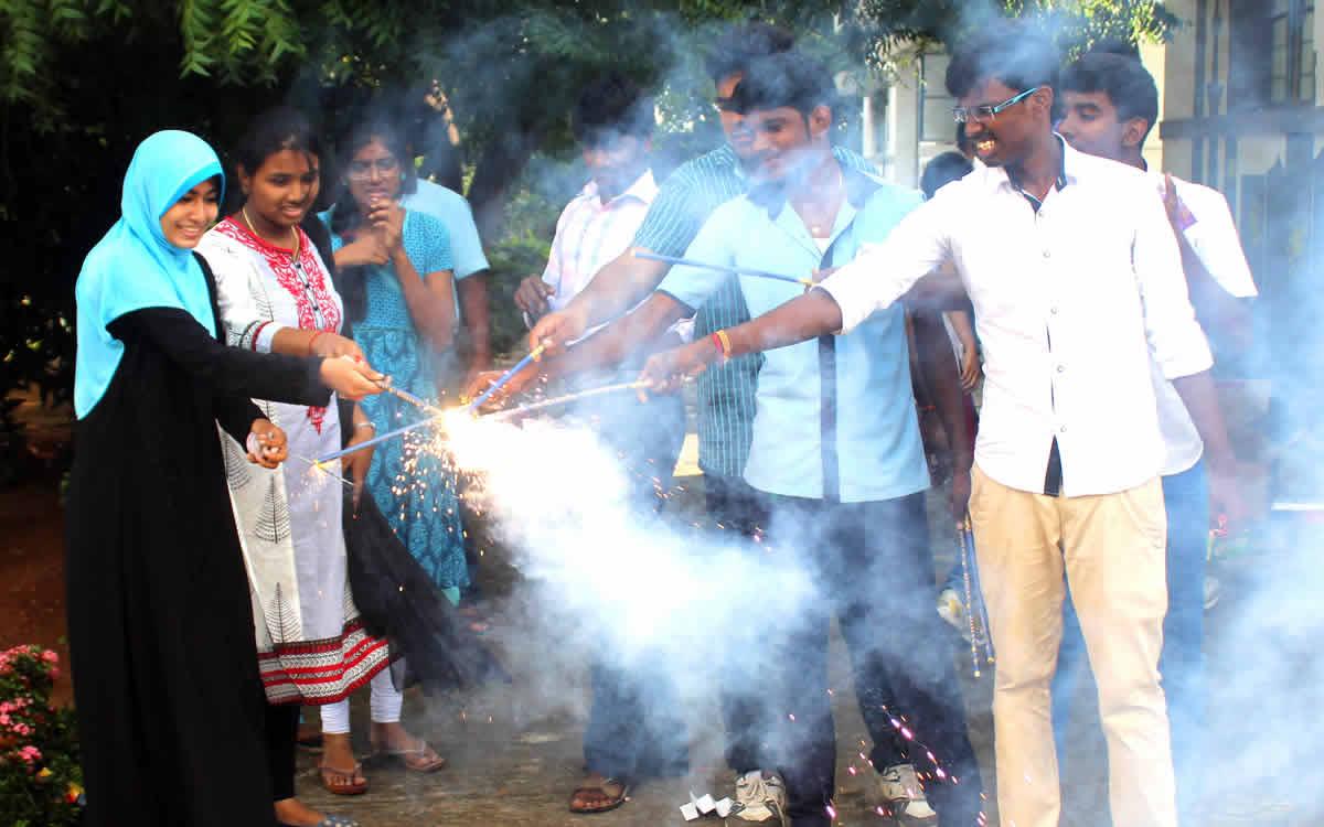 Diwali-celebration-2015-03
