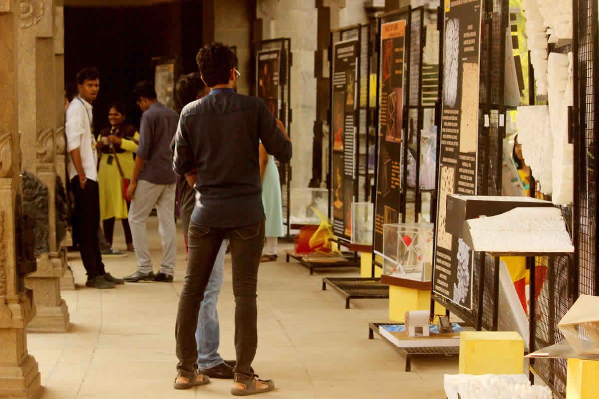 Student-exhibition-2017-03